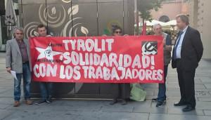 Genossinnen und Genossen von GKK, Arbeiter*innenstandpunt und EZLN