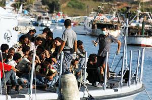 Ein Flüchtlingsboot in Lampedusa